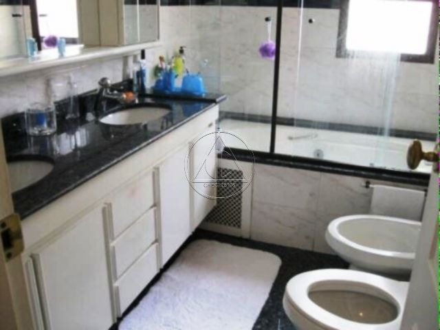 Apartamento à venda e para alugar na Gil EanesCampo Belo - 301_i0kU03_3015bb21e65d6f49.jpg