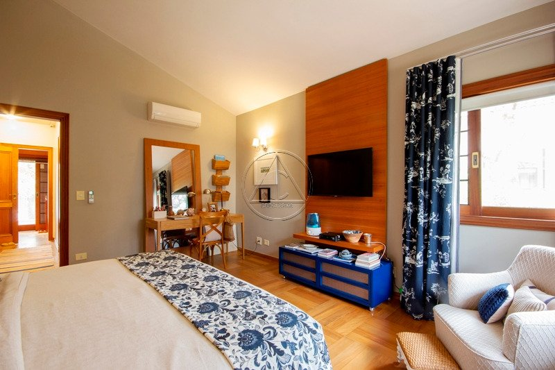 Casa à venda na Joaquim Candido de Azevedo MarquesReal Parque - 3019_imhT220_30195ddeddb3f1f65.jpg