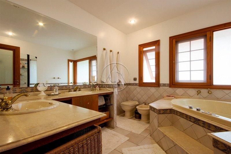Casa à venda na Joaquim Candido de Azevedo MarquesReal Parque - 3019_imhT220_30195ddeddb5aa79a.jpg