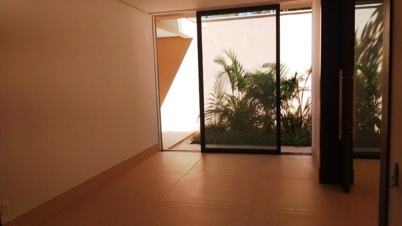 Casa à venda na JacarezinhoJardim Europa - 2193_i5720A_21935ae1eacacb59a.jpg
